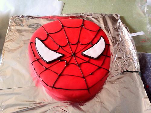 Gâteau tête de spiderman facile à faire