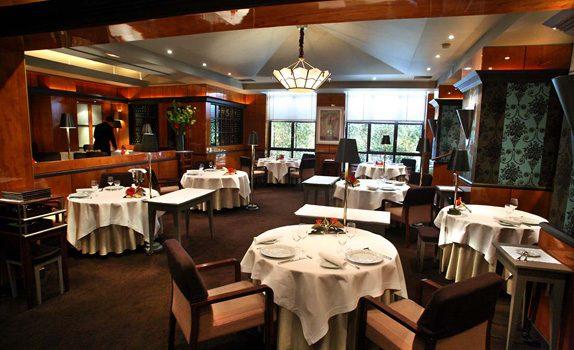 L'intérieur du restaurant 3 étoiles de Pierre Gagnaire