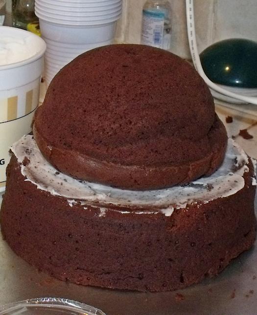 étape 2 du tutoriel pour faire un gâteau princesse sans moule
