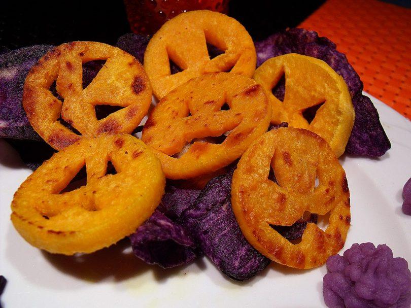 croquettes de patates douces en forme de citrouilles pour une recette salee d'halloween