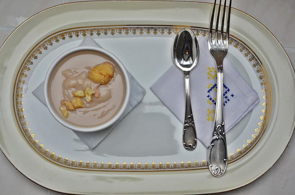 crème de chou-fleur à la châtaigne