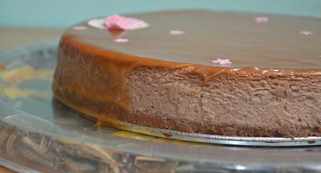 Délicieuse recette de cheesecake à la noisette et au caramel