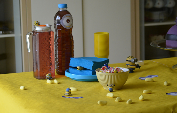 sweet-table-gateau-minion