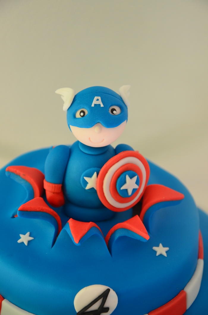 gateau captain américa