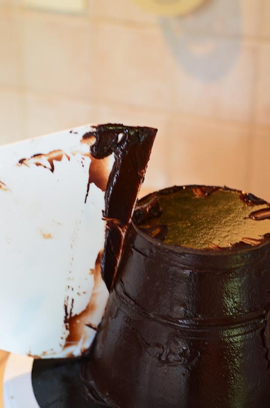 ganacher un gâteau en forme de cône