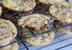 faites refroidir les cookies de cyril lignac sur une grille