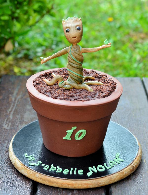 Gâteau baby groot dans son pot de fleur
