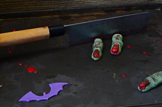 recette halloween de biscuits verts en forme de doigts