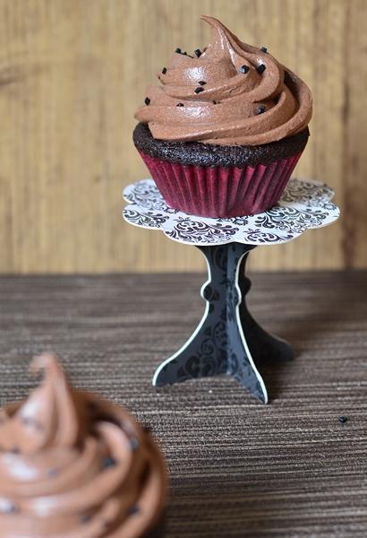 une bonne recette de cupcakes au chocolat et leur glaçage