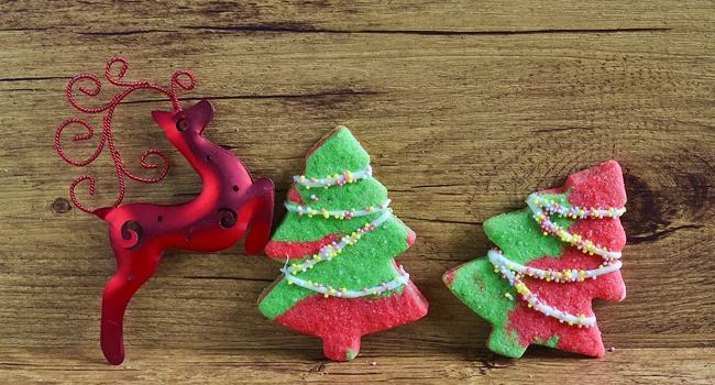 des biscuits de Noël en forme de sapin