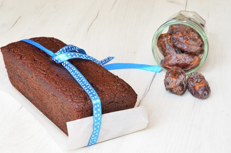un cake sans gluten cake sans lactose recette avec des dattes medjool